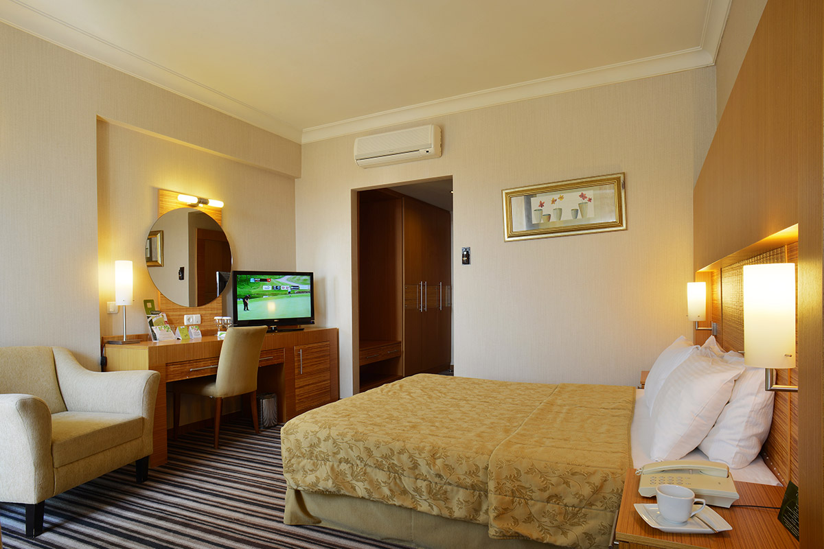 Standard Room - Grand Cettia Hotel | Grand Cettia Hotel ...